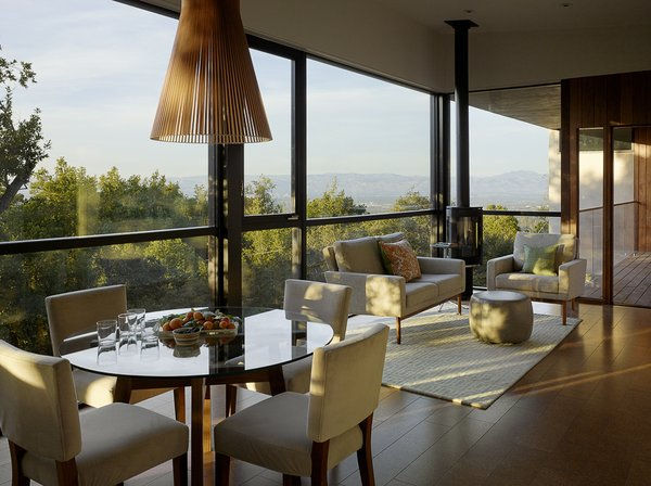 Photo 9 of Overlook Guest House modern home