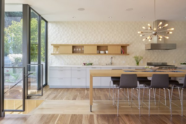 Modern home with kitchen. Photo 11 of 29th Street Residence