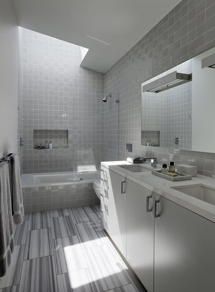 Modern home with bath room. Photo 13 of Shou Sugi Ban House