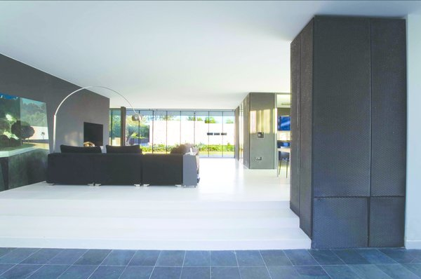 Photo 7 of Beach House modern home