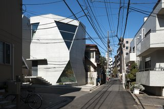A Concrete Micro-House in Japan Works All the Angles - Photo 2 of 15 -