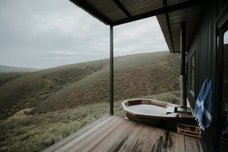 Take in the South African Countryside in This Shipping Container Eco-Cabin - Photo 7 of 8 -