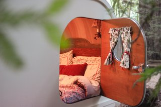 No Trailer, No Problem—This Cozy Teardrop Is For Rent - Photo 5 of 10 -