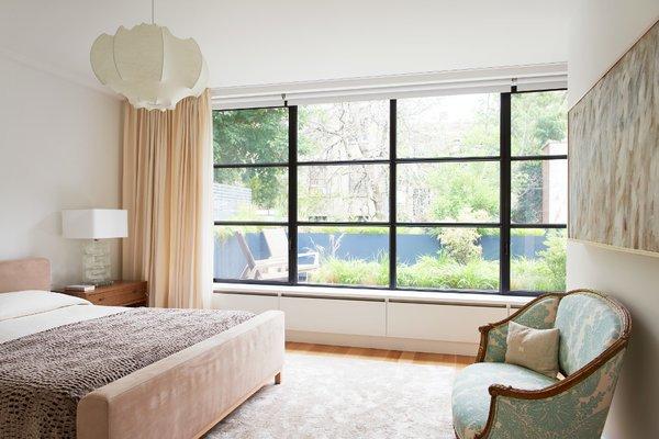 Photo 14 of Brooklyn Heights Carriage House modern home