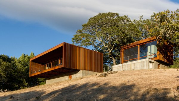 Photo  of Sonoma weeHouse modern home