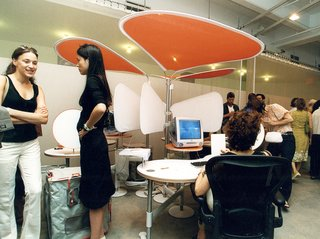 Live from New York - Photo 13 of 15 - Herman Miller RED, 2001