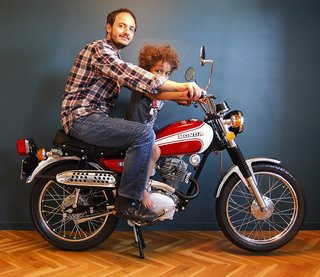 Talking Design: with Marc Venot - Photo 7 of 7 - Marc Venot together with his son on his Honda from 1974.