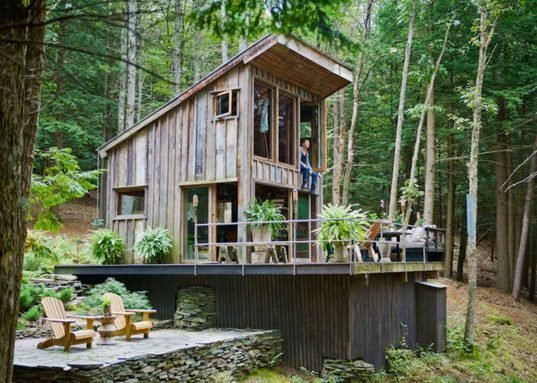 An NYC fashion stylist built this tiny cabin entirely out of reclaimed wood. http://inhabitat.com/nyc/fashion-stylists-tiny-reclaimed-wood-cabin-is-the-perfect-escape-from-nyc/  Tiny Homes  by Erika Heet from Tiny Homes