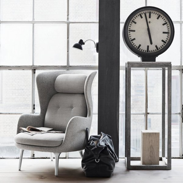 Ro Lounge Chair by Fritz Hansen