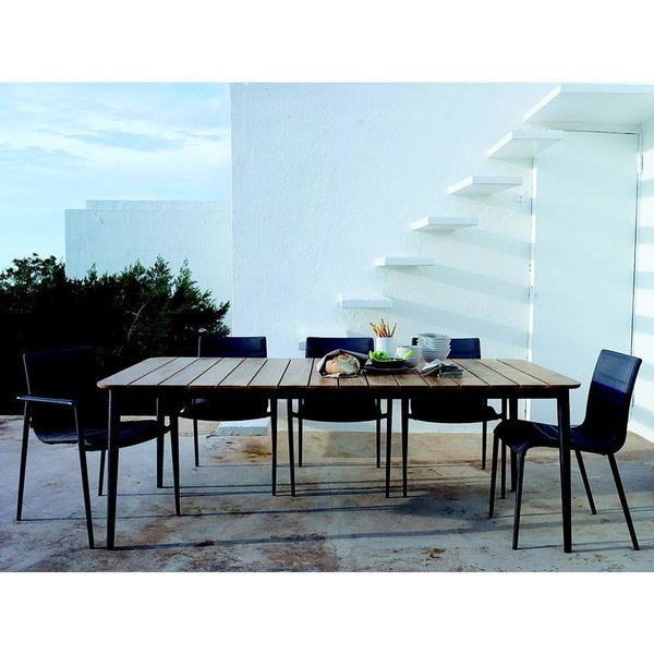Core Dining Table by Cane-line