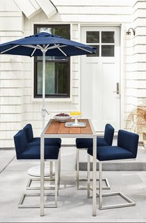 Montego counter table, Finn counter stools, Maui umbrella