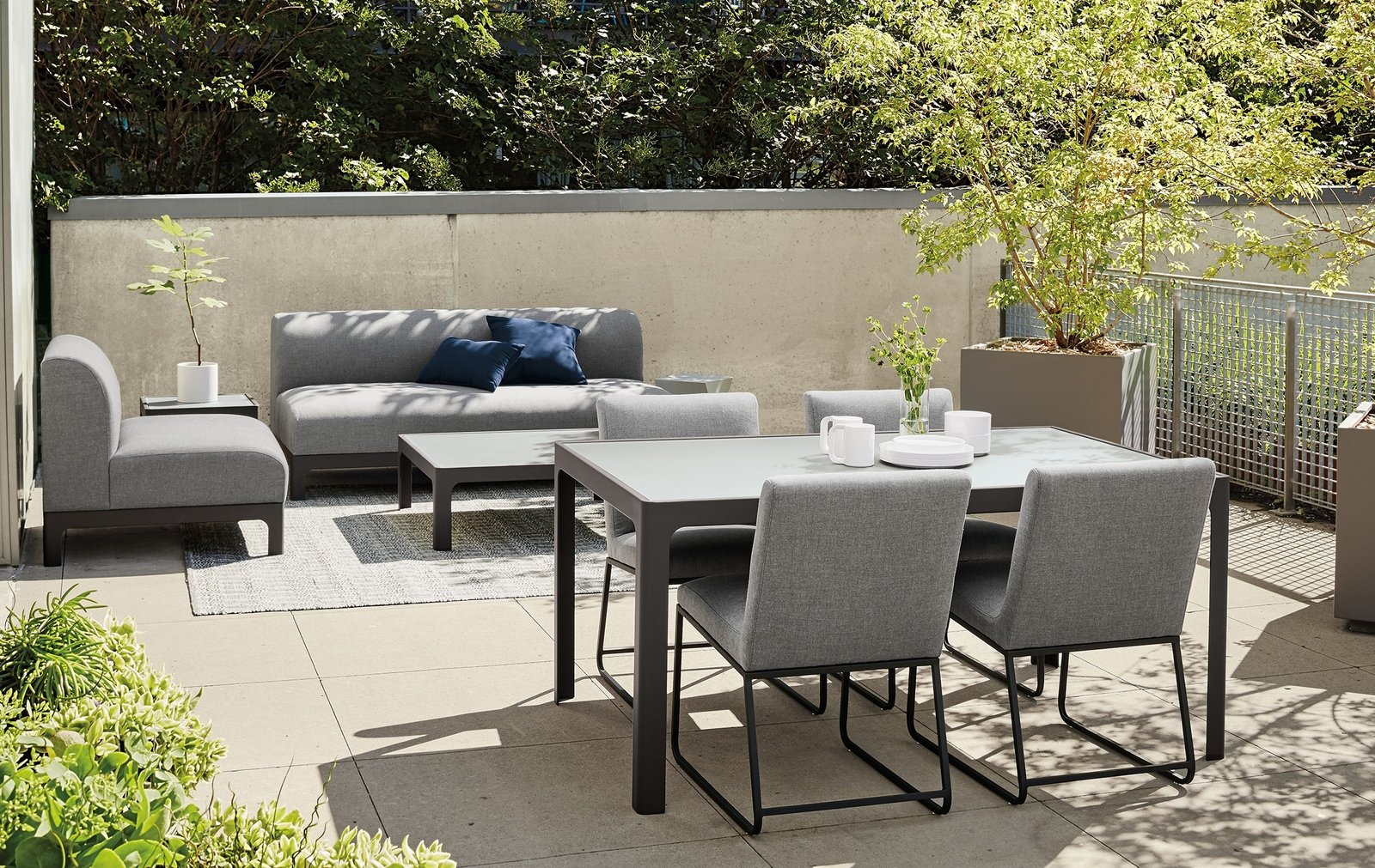 Photo 1 of 8 in Expert Design Advice: Outdoor Dining Spaces