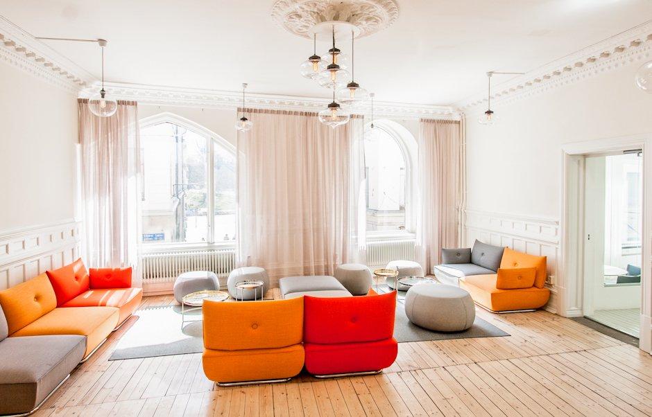 Attractive Stunning Office Pendant Lighting Display Brightens Swedish Brandu0027s  Workspace   Photo 1 Of ...