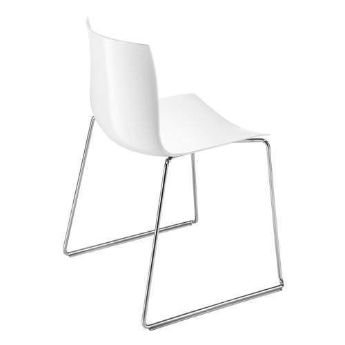 Catifa 46 Sled Chair from Arper