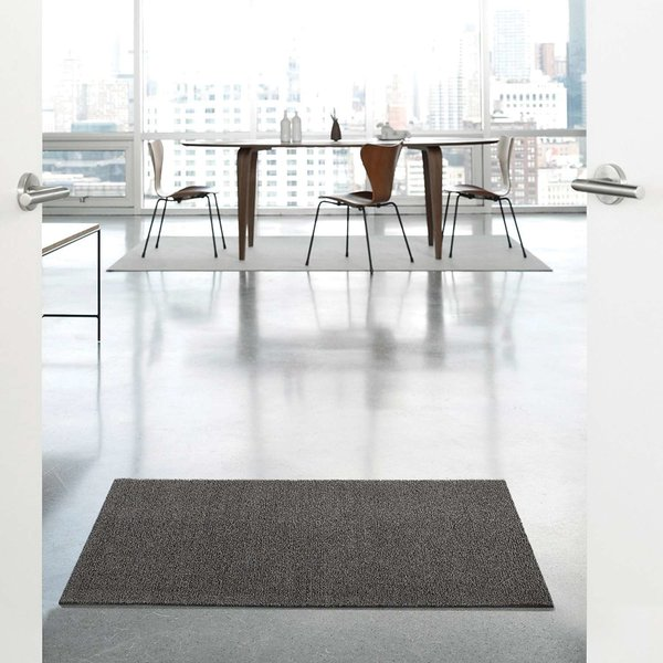 Solid Indoor/Outdoor Shag Floormat from Chilewich