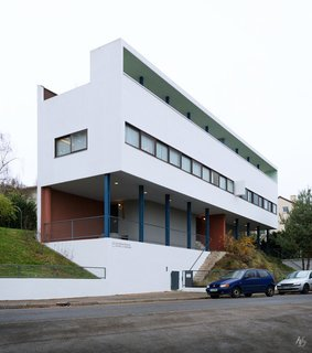 """Spotlight on 10 Influential Works by Le Corbusier - Photo 8 of 10 - The Weissenhofsiedlung (Weissenhof Estate)—an experimental housing development on the outskirts of Stuttgart—is home to this two-family structure, Houses 14 and 15. Designed by Le Corbusier and Pierre Jeanneret in 1927, it's one of the earliest examples of the Five Points of a New Architecture. <span style=""""color: rgb(204, 204, 204); font-size: 13px;"""">Hassan Bagheri</span>"""