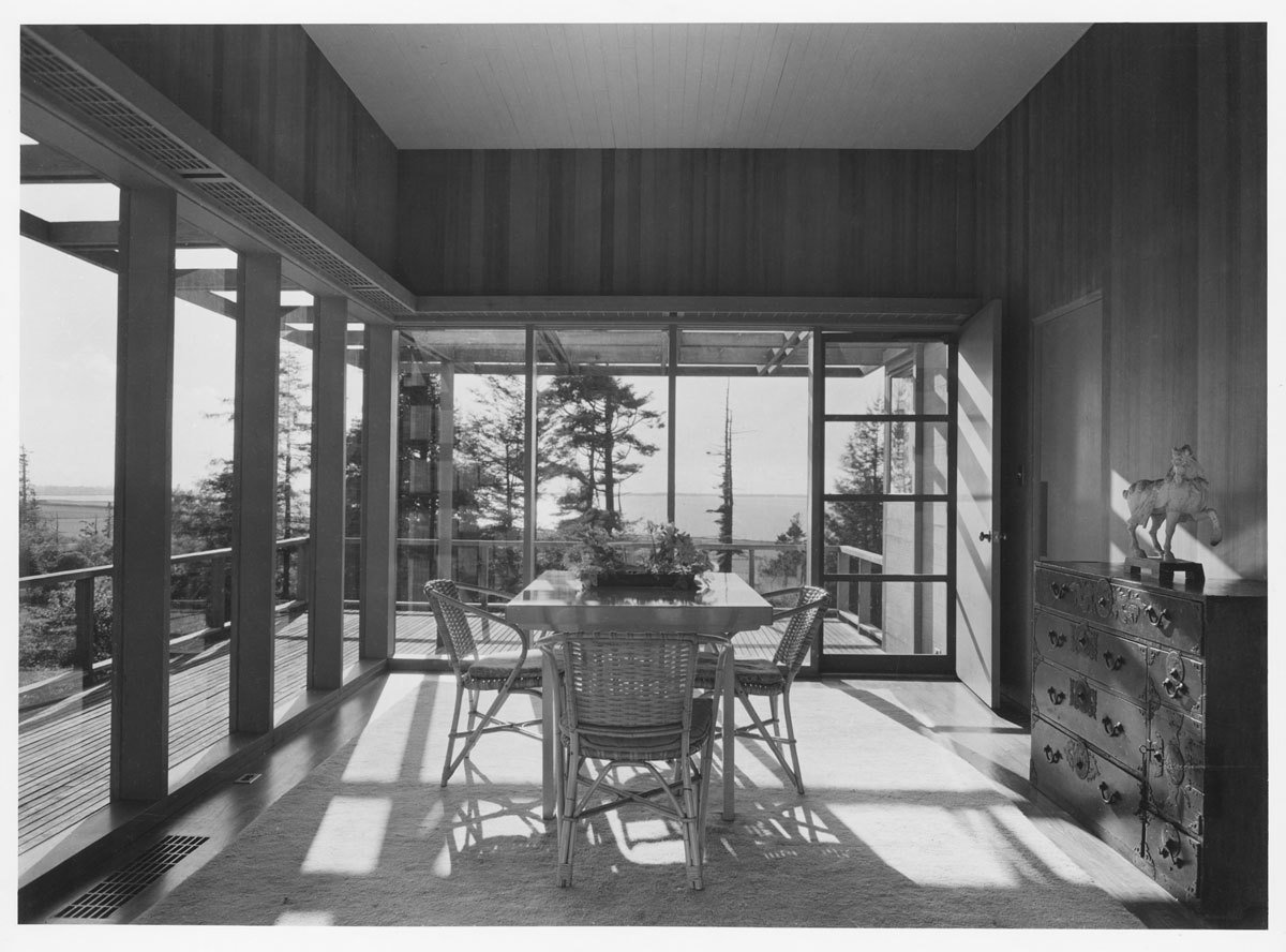 Lynn and Vera Vietor House, Indianola, California, 1941.  Photo 12 of 15 in Spotlight on John Yeon, the Father of Northwest Regional Architecture
