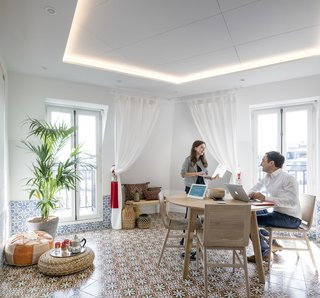 As part of Airbnb's global office narrative, the meeting room designs are inspired by existing Airbnb listings around the world—in this instance, China, Tasmania, Morocco, America, and the U.K. The Environments Team engaged with local employees in an Employee Design Experience (EDX) program to help add the finishing touches to each meeting room.