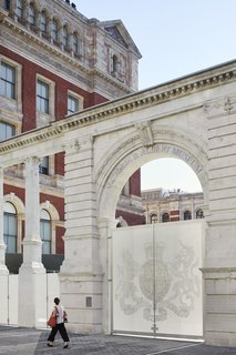 Part of an Epic Expansion, London's V&A Museum Paves its Courtyard With 11,000 Porcelain Tiles - Photo 7 of 10 - The museum's original Aston Webb screen was modified and incorporated into the new main entrance.