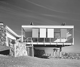 Dive Into a Visually Stunning Book That Celebrates Modernist Architecture and its Evolution - Photo 4 of 10 - Marcel Breuer: Starkey House in Duluth, Minnesota, 1955