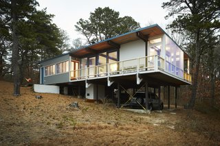 Experience Cape Cod Modern by Staying at the Midcentury Weidlinger House - Photo 2 of 8 -