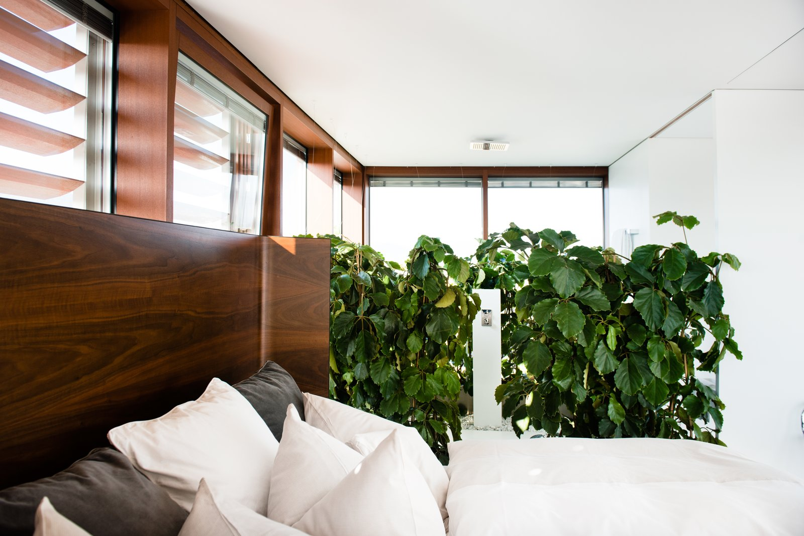 Stay in a Prefab Cube Placed Atop a Midcentury Hotel in Austria