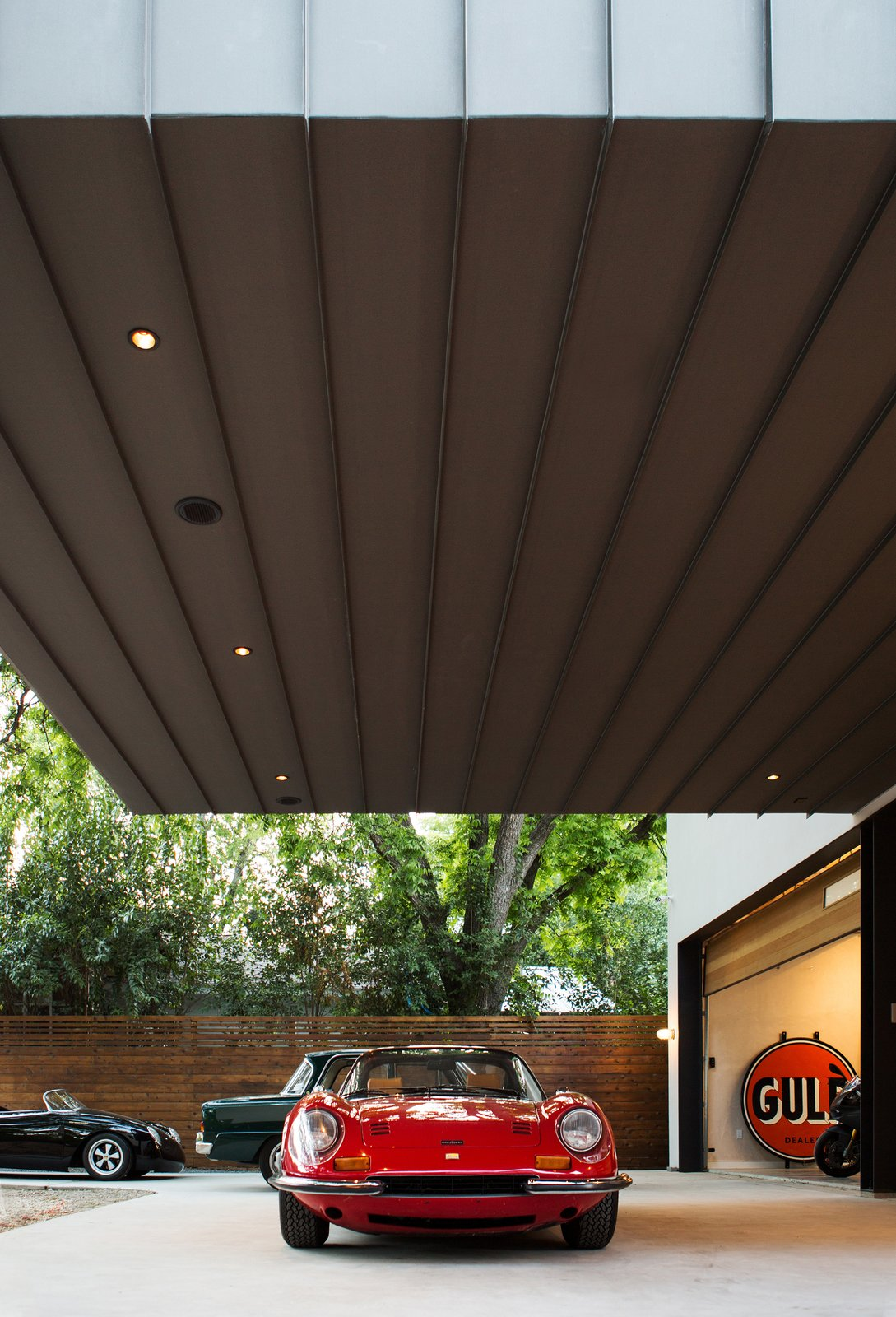 Photo 6 of 21 in This Austin Home Was Designed to Showcase a ...