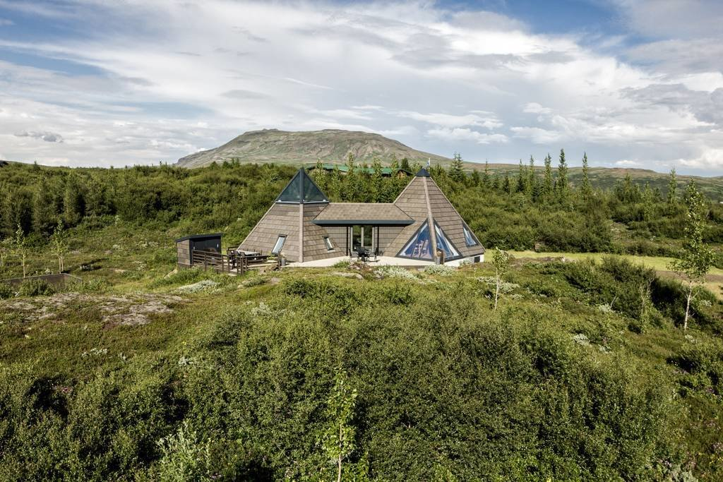 10 Incredible Rentals For Your Dream Trip to Iceland - Photo 27 of 29 -
