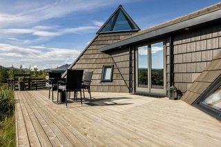 10 Incredible Rentals For Your Dream Trip to Iceland - Photo 28 of 29 -