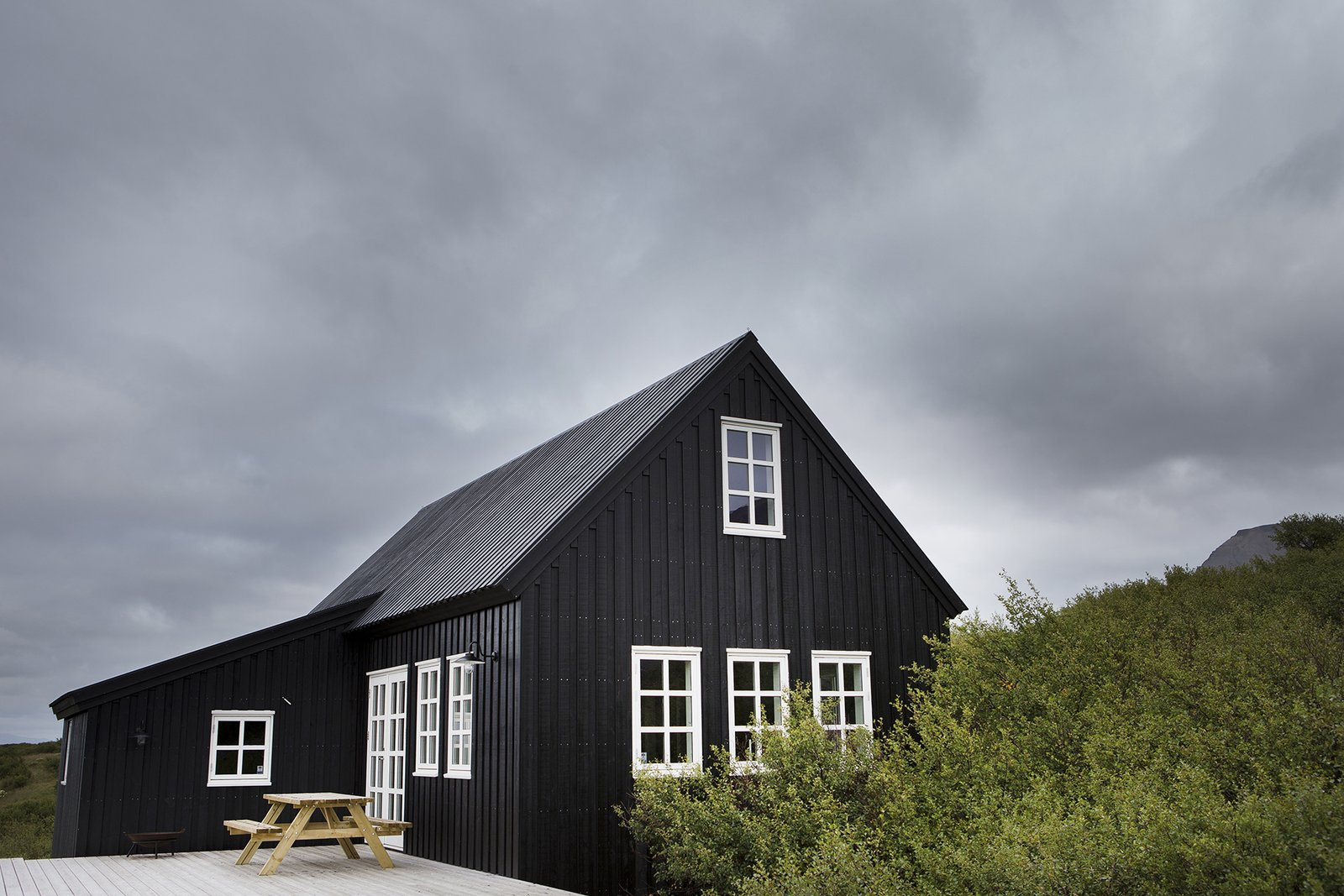 10 Incredible Rentals For Your Dream Trip to Iceland - Photo 1 of 29 -