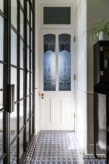 A 19th-Century Schoolhouse in Brooklyn Becomes a Classy Apartment - Photo 21 of 21 -