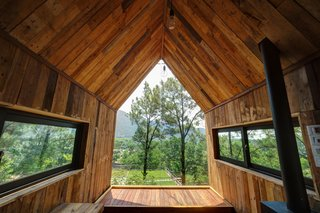This Minimalist Cabin in Vietnam Is the Perfect Forest Escape - Photo 6 of 14 -