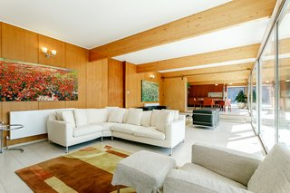 A Modernist Time Capsule by Erno Goldfinger Asks $4M - Photo 15 of 19 -