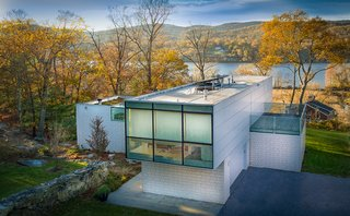 A Toshiko Mori-Designed Masterpiece in New York Wants $4.95M - Photo 4 of 15 -