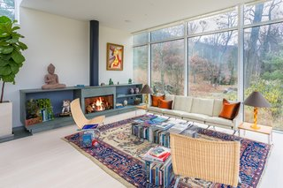 A Toshiko Mori-Designed Masterpiece in New York Wants $4.95M - Photo 6 of 15 -