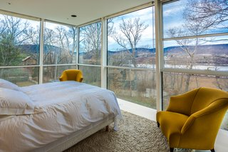 A Toshiko Mori-Designed Masterpiece in New York Wants $4.95M - Photo 12 of 15 -