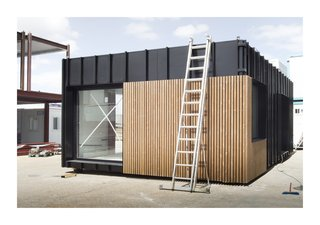 This Affordable Prefab in Spain Only Took 5 Hours to Assemble - Photo 2 of 14 -