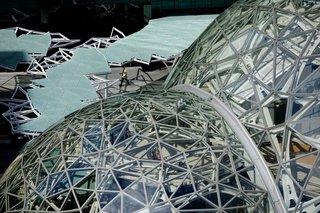Meet Downtown Seattle's Newest Landmark: The Amazon Spheres - Photo 5 of 8 - Design computation helped to generate the spheres, each a pentagonal hexecontahedron formed by tessellating a pentagon across its surface. Algorithms enabled the team to quickly generate a steel-and-glass structure that could be constructed efficiently and cost-effectively.