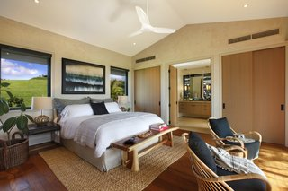 A Breezy Hawaiian Residence by Olson Kundig Hits the Market at $6.95M - Photo 5 of 14 - The master bedroom features an ensuite bathroom.