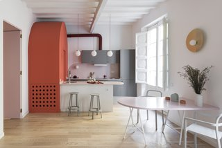 Before and After: An Ancient Barcelona Apartment Gets a Colorful, Chic Makeover - Photo 15 of 24 - The arc-motif is a recurring theme throughout the kitchen's design.