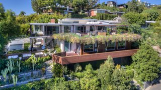 A Renovated Harry Gesner–Designed Midcentury in L.A. Wants $9.4M - Photo 15 of 15 - The exterior rear view.