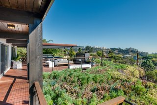 A Renovated Harry Gesner–Designed Midcentury in L.A. Wants $9.4M - Photo 13 of 15 - Inspiring views are offered at every angle.