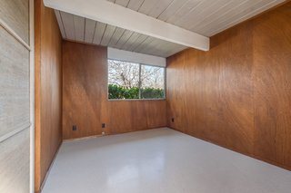 An Elegant Eichler Hits the Market at $1.15M in Northern California - Photo 18 of 21 - A peek at one of the bedrooms.