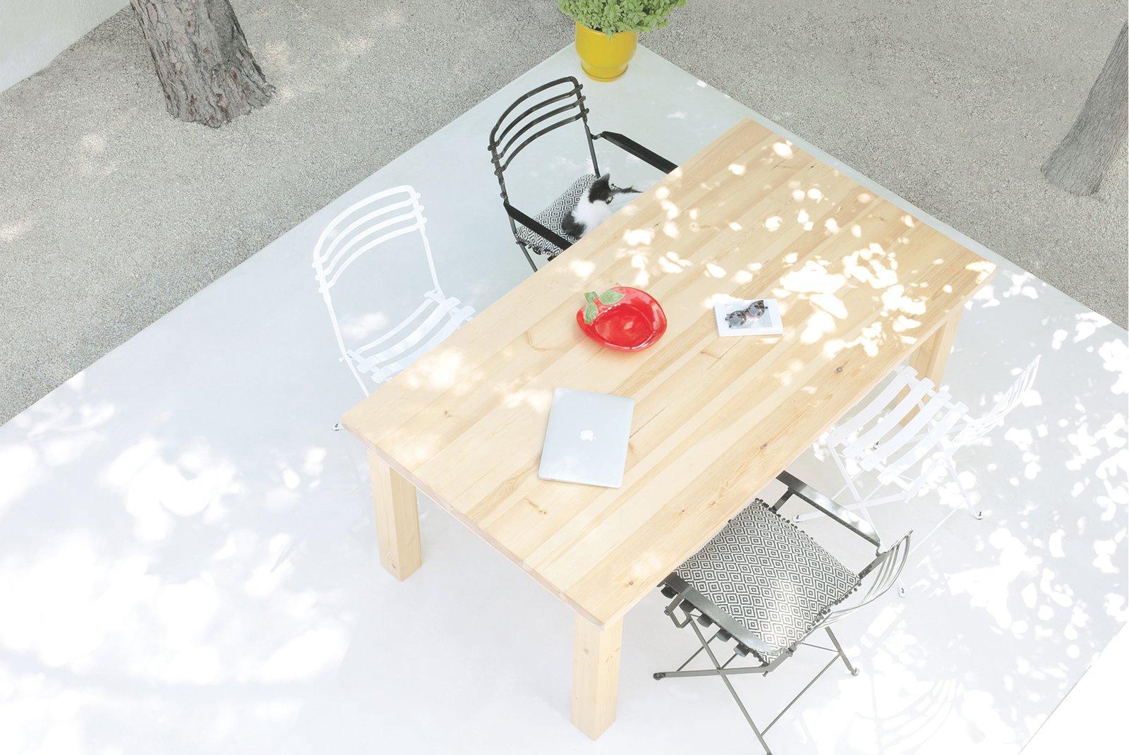 A patio enables guests to dine al fresco.