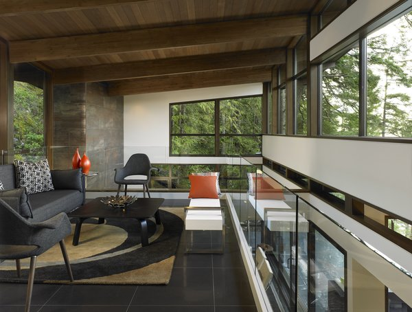 Photo 3 of Gambier House modern home
