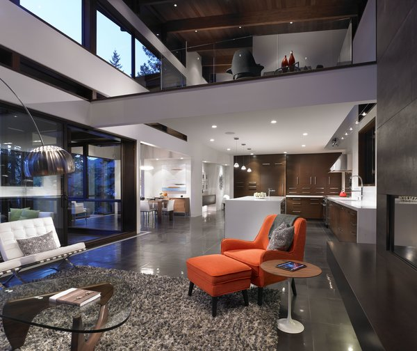 Photo 4 of Gambier House modern home
