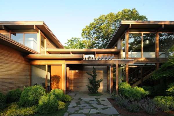 Photo  of Shelter Island modern home