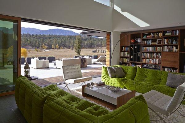Photo 5 of Windermere House modern home