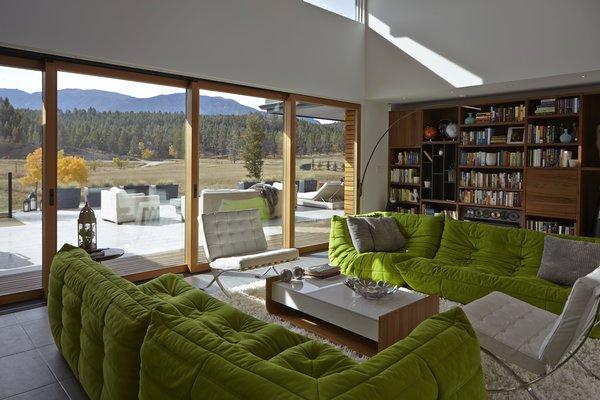 Photo 4 of Windermere House modern home