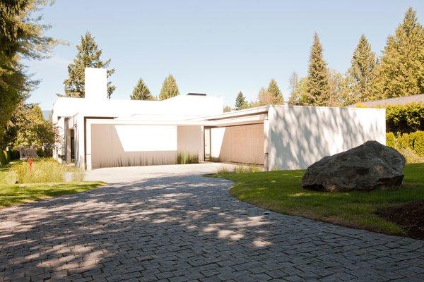 Photo 14 of Yan Residence modern home